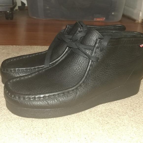 all black clarks